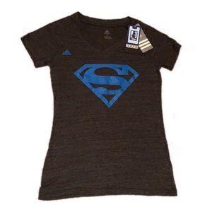 🆕 Adidas Superman Logo T-shirt Size M